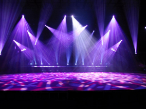 Cho thuê sân khấu tổ chức sự kiện